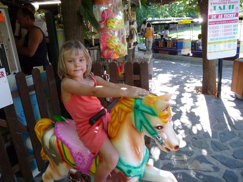 8 Aout 2011 022 E on horse